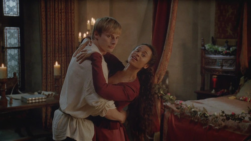 5x08-The-Hollow-Queen-merlin-and-arthur-33399199-500-281